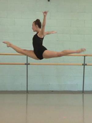 Meet Ale Preciado Modern Ballet Dancer